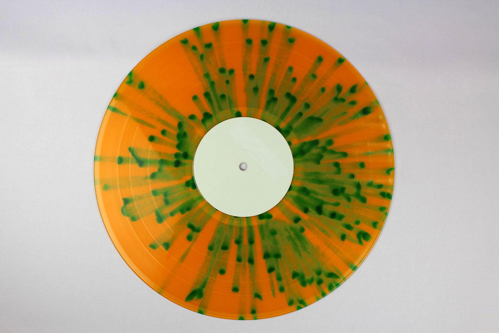 orange / Splatter: green