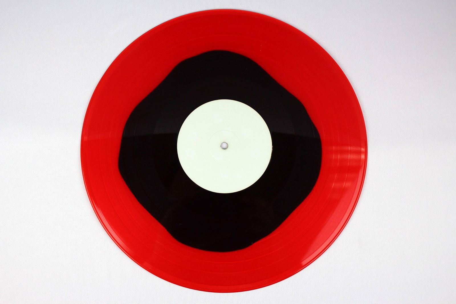 red transparent / coloured circle: black