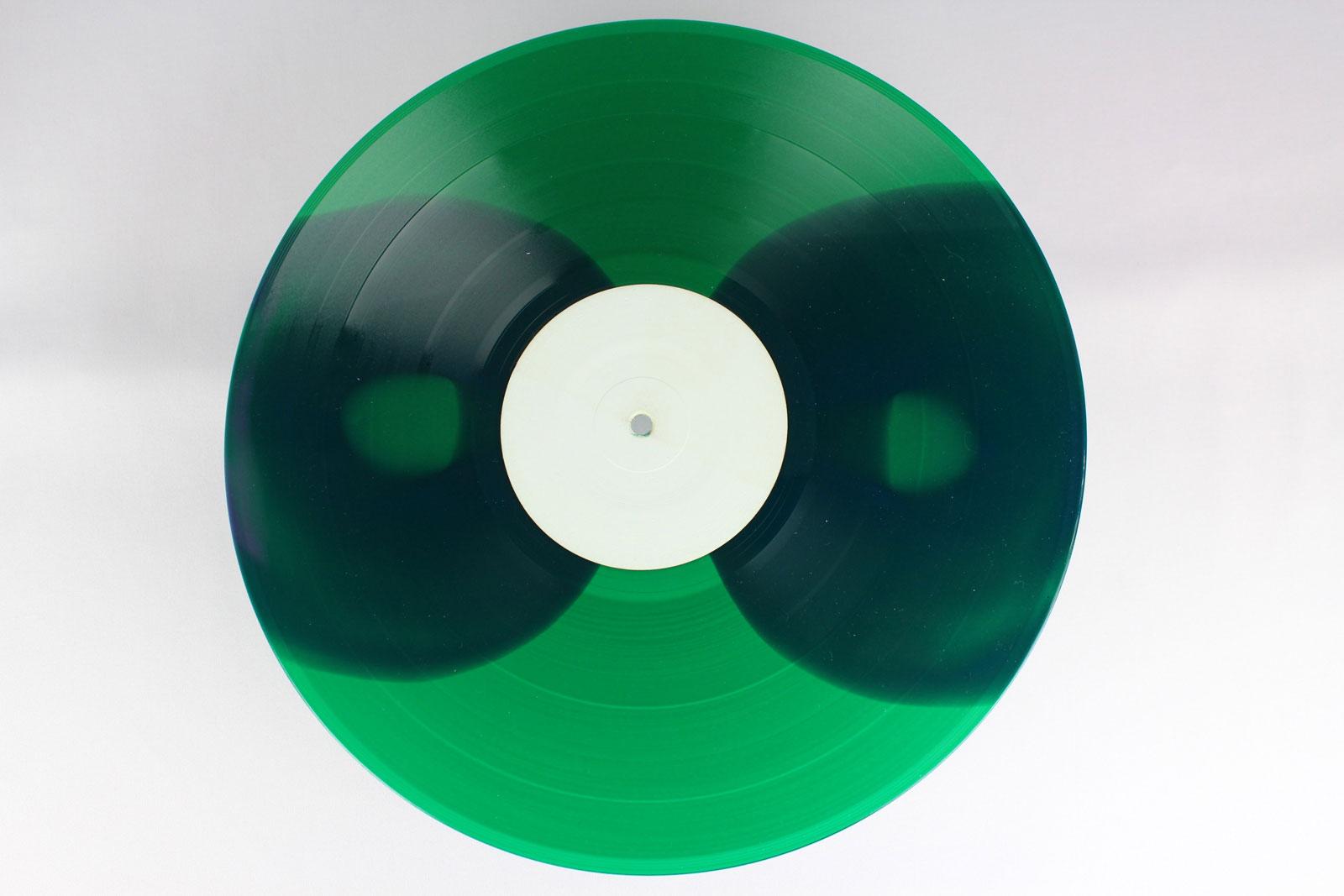 green / coloured circles: purple