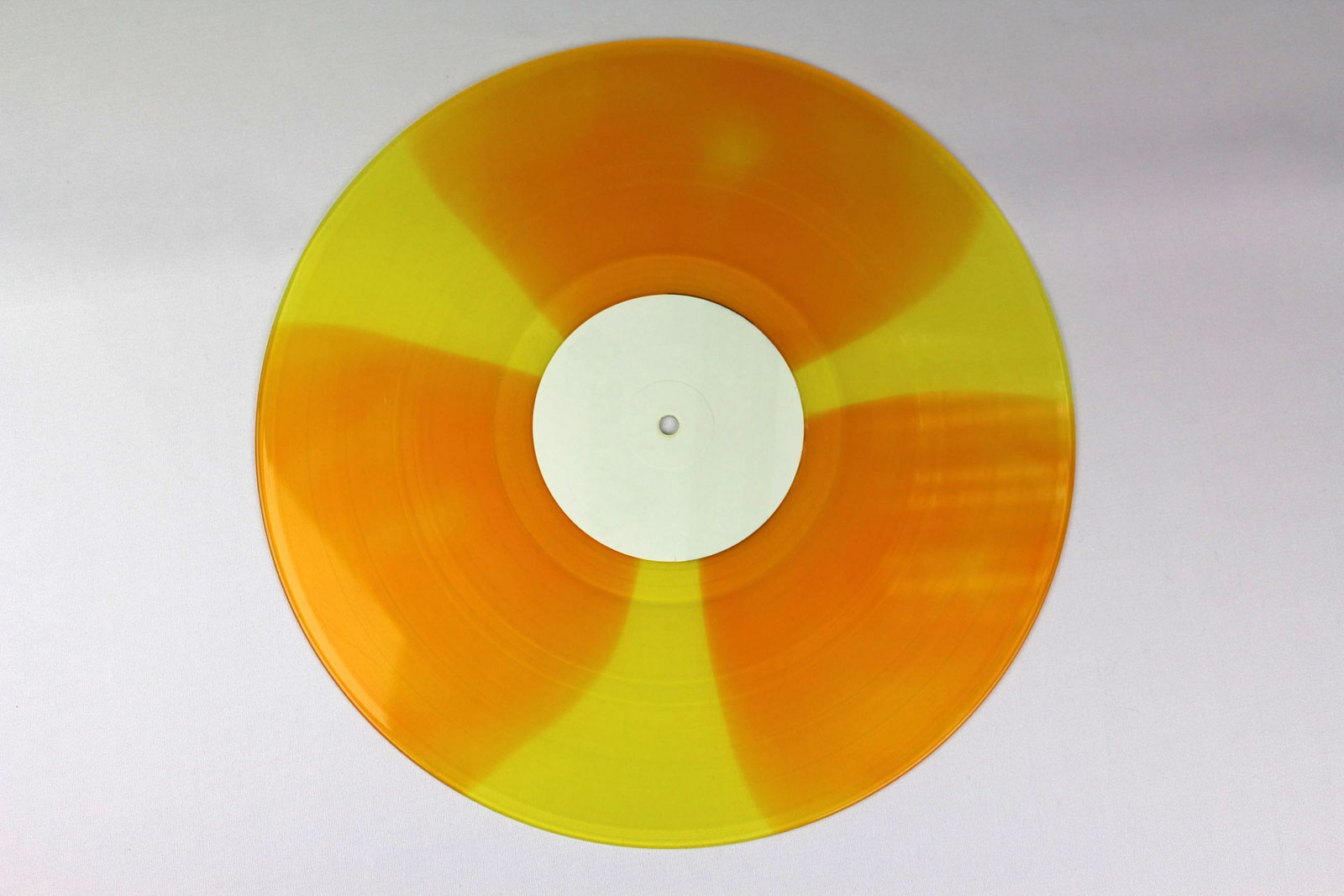 yellow / coloured circles: orange